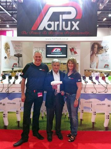 Stand-Parlux-London-2012-3.jpg