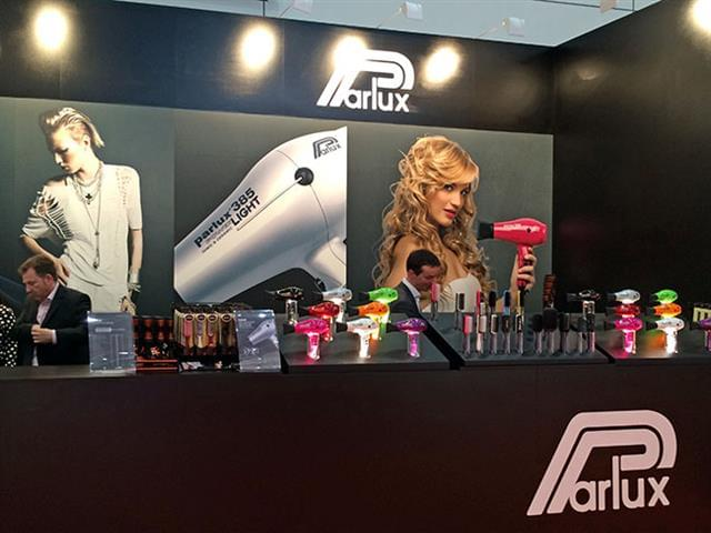 Top Hair international di Duesseldorf_1.jpg