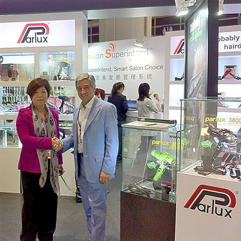 Paolo Parodi e Mrs. Linda.jpg